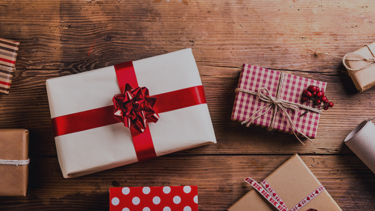 How to turn holiday shoppers into regular customers
